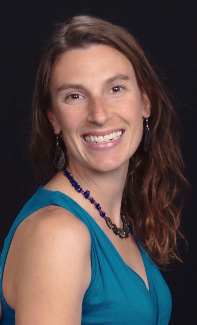 Lauren Birgenheier, 2018 Inspirational Geoscience Educator Award recipient.jpg