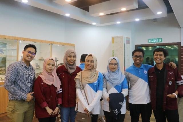 UTP Chapter Students.